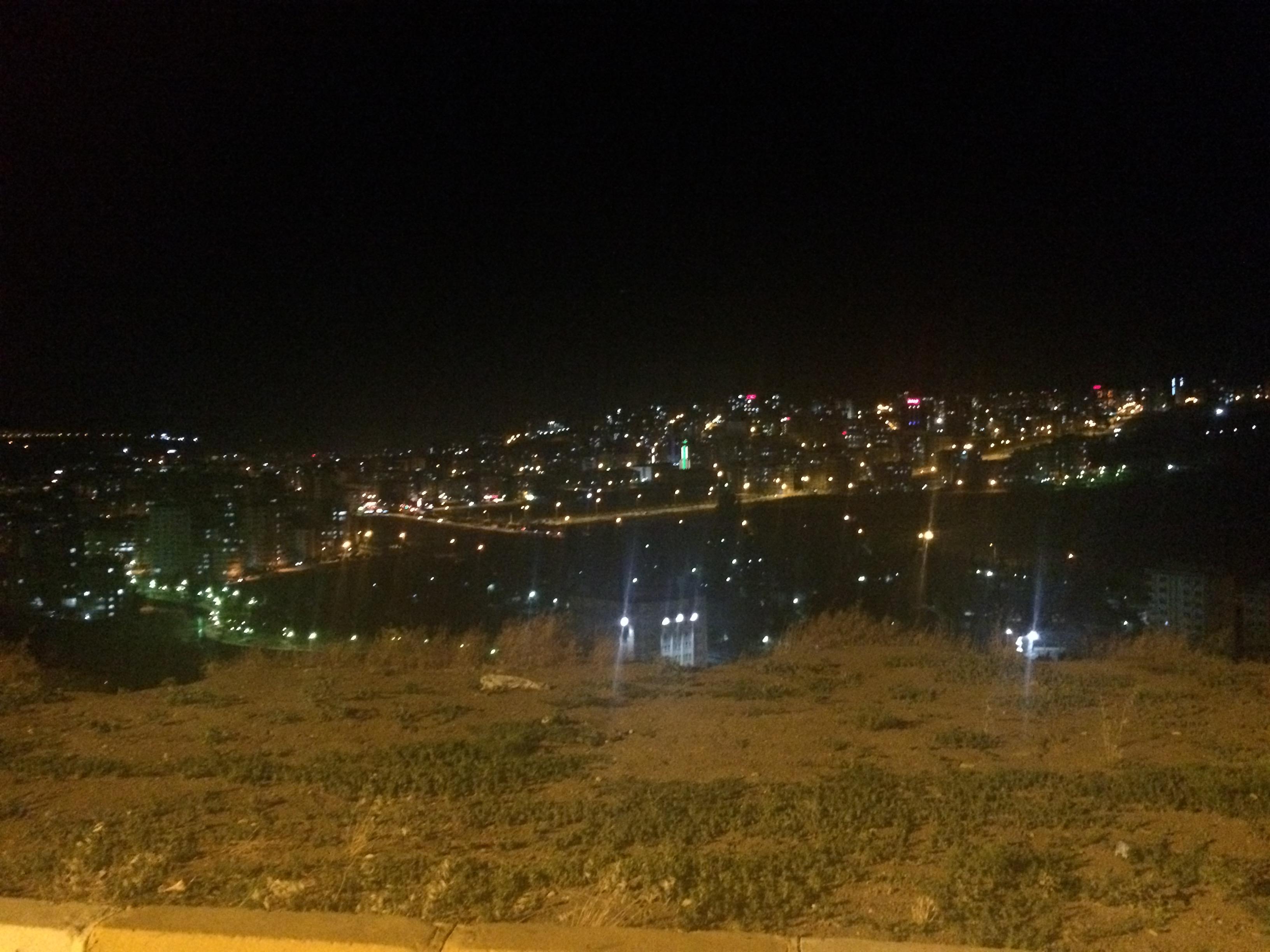 シャンルウルファ全体の夜景