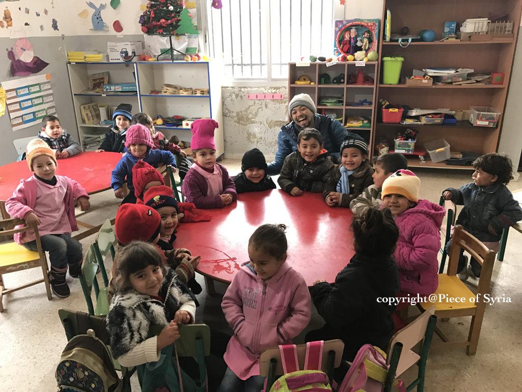 レバノンの幼稚園と小学校。生徒はシリア人とレバノン人が半分ずつだった。